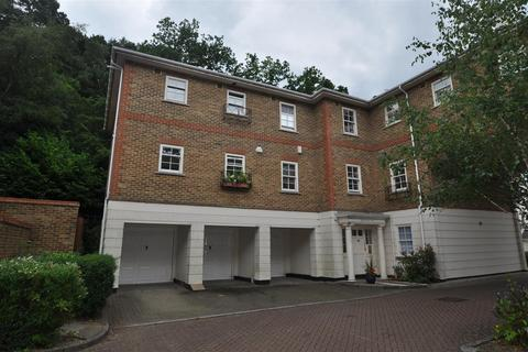 2 bedroom flat to rent - Markham Court, Camberley