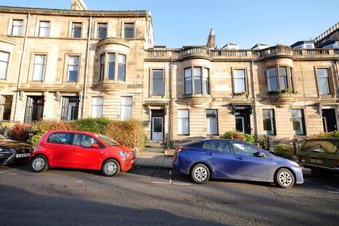 2 bedroom flat to rent - VICTORIA CRESCENT ROAD, DOWANHILL, G12 9DD
