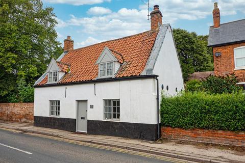 2 bedroom cottage for sale - Westgate, Hornsea