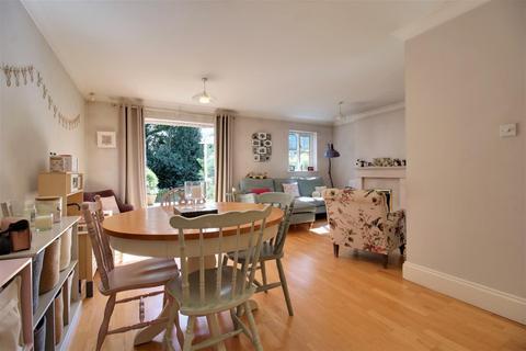 3 bedroom terraced house - Snaith Wood Mews, Rawdon