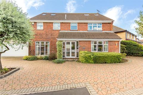 7 bedroom detached house for sale - Wakerfield Close, Emerson Park, RM11