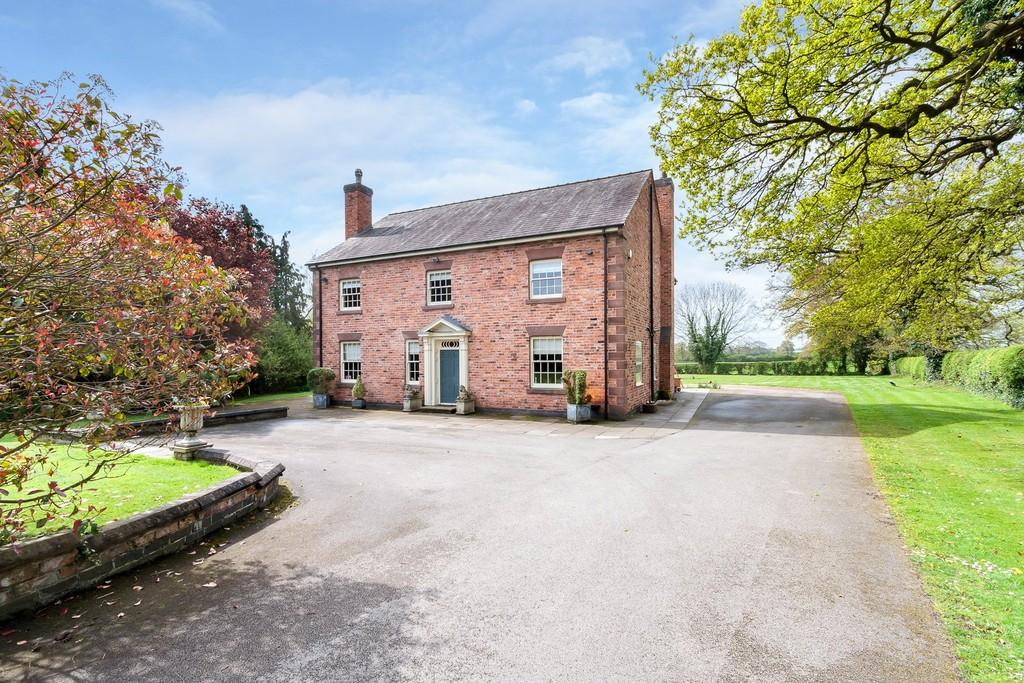 6 Bedrooms Detached House for sale in Burland, Cheshire