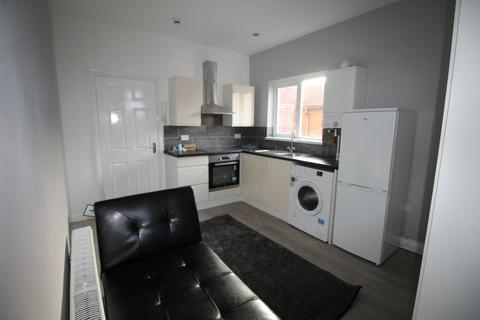 Studio to rent - Elwick Road, Hartlepool, TS26