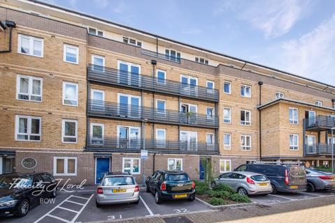 2 bedroom flat for sale - Hereford Road, LONDON