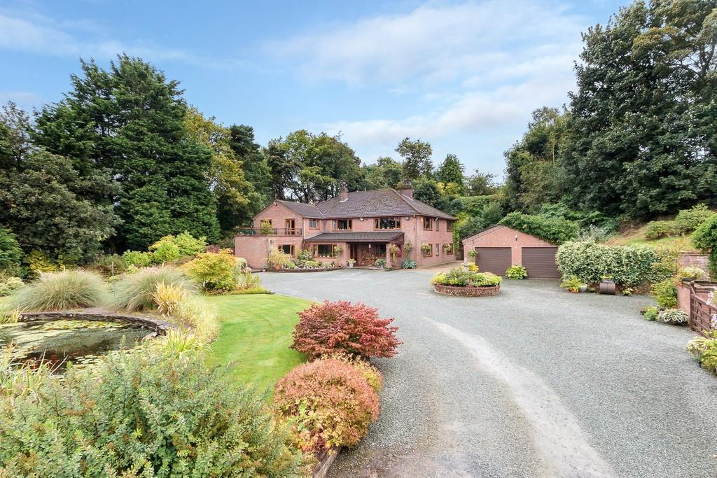 4 Bedrooms Detached House for sale in Aston, Shropshire