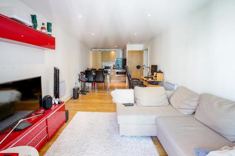 2 bedroom flat for sale - St. George Wharf, Kennington, SW8
