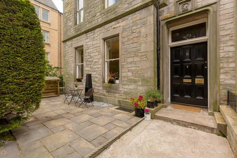 2 bedroom flat for sale - 11 Lauriston Gardens, Lauriston, EH3 9HH