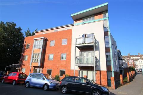 2 bedroom flat to rent - Harrington House, Roedale Road, Brighton, East Sussex, BN1 7GX