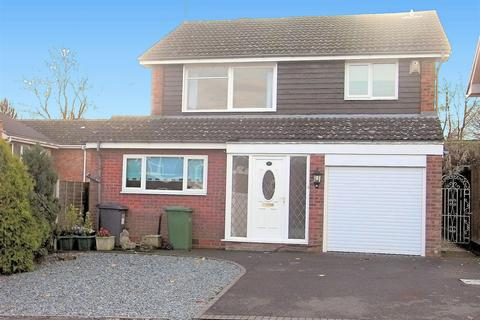 4 bedroom detached house to rent - Church Hill Close, Solihull, B91 3JB