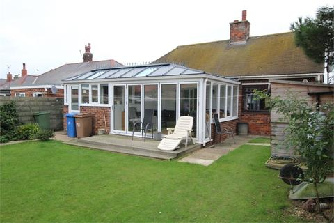 2 bedroom detached bungalow for sale - Westfield Rise, Withernsea, East Riding of Yorkshire