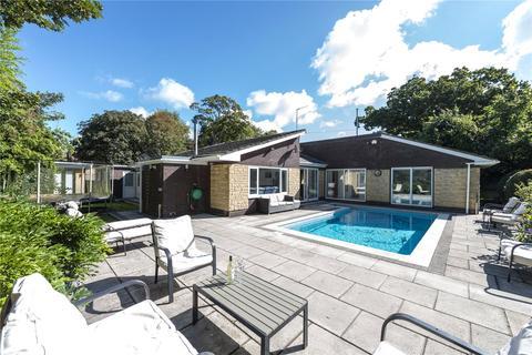 4 bedroom detached bungalow for sale - Preston Road, Weymouth, Dorset, DT3