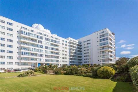 3 bedroom apartment for sale - Marine Drive, Brighton