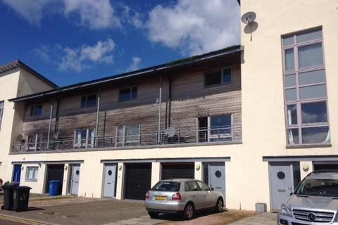 4 bedroom townhouse to rent - 47 Thorter Row, Dundee, DD1 3BX