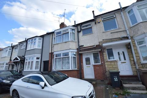 5 bedroom terraced house to rent - Carisbrooke Road, Luton