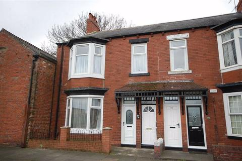 3 bedroom flat to rent - St Marys Avenue, South Shields