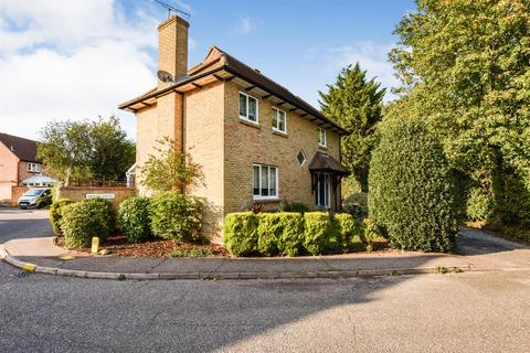 4 bedroom detached house for sale - Arwen Grove, South Woodham Ferrers