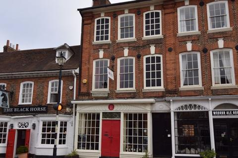 2 bedroom apartment to rent - Market Place, Woburn