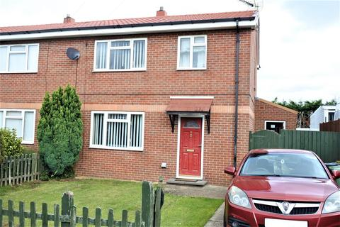 3 bedroom semi-detached house for sale - Brittain Drive, Grantham