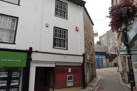 Property to rent - Victoria Place, St. Austell