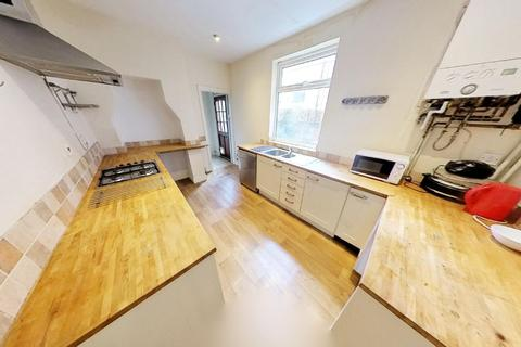 4 bedroom house to rent - Barclay Street, Leicester