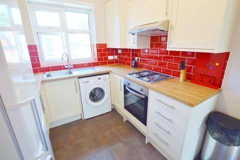 2 bedroom apartment - Glenair Avenue, Ashley Cross, Poole BH14