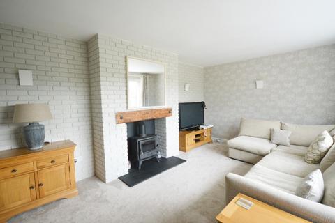 3 bedroom bungalow for sale - Elworth Road, Elworth, Sandbach, CW11 3HN