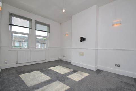 2 bedroom flat to rent - Springbank Road Hither Green SE13