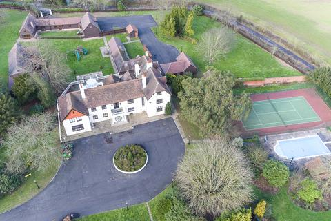 8 bedroom country house for sale - Downham