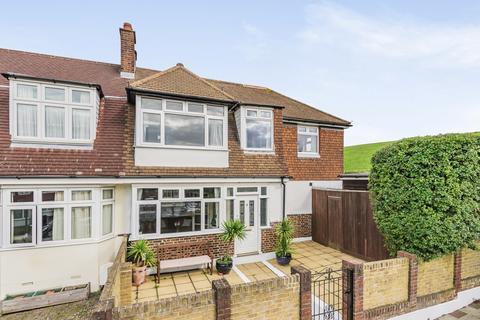 3 bedroom end of terrace house for sale - Hillcrest Road Bromley BR1