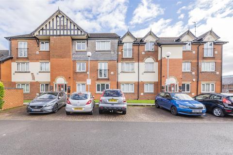2 bedroom apartment - Collegiate Way, Swinton, Manchester, M27 4LA