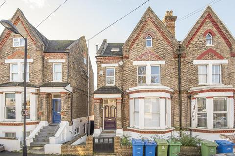 2 bedroom maisonette for sale - Colby Road, Crystal Palace