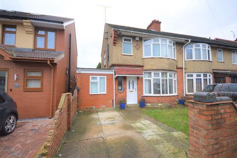 5 bedroom semi-detached house for sale - Bishopscote Road, Luton, LU3