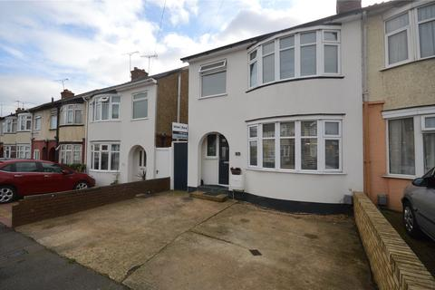 3 bedroom semi-detached house for sale - Blundell Road, Luton, Bedfordshire, LU3