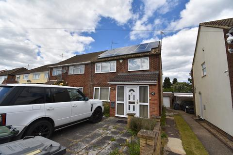 3 bedroom semi-detached house to rent - Charlwood Road, Luton, LU4
