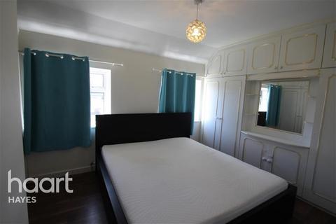 2 bedroom semi-detached house to rent - HAIG ROAD, UB8