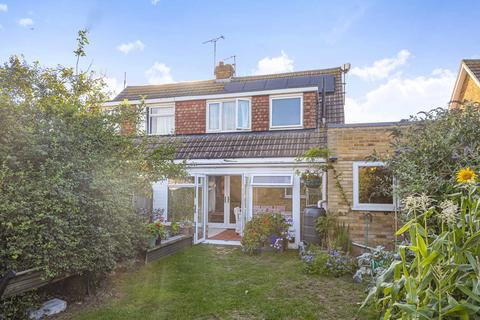 4 bedroom semi-detached house for sale - Fairfield Road, Broadstairs