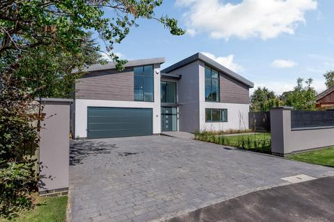 5 bedroom detached house for sale - Greatfield Drive, Charlton Kings, Cheltenham, Gloucestershire, GL53