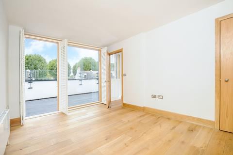 4 bedroom house to rent - Upham Park Road Chiswick W4