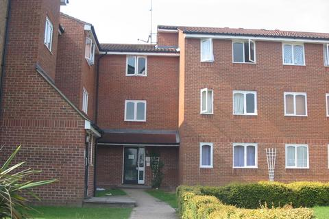 1 bedroom flat to rent - Honey Close, Dagenham, Essex RM10