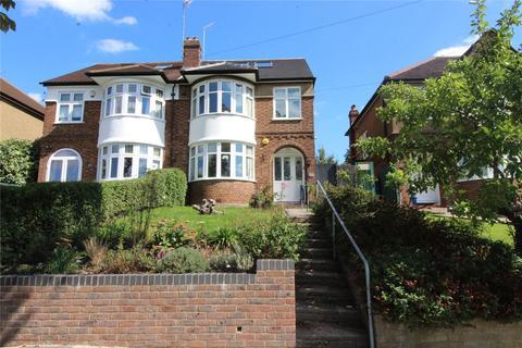4 bedroom semi-detached house for sale - Brookside South, East Barnet, EN4