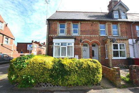 3 bedroom flat to rent - St Peters Road, Reading