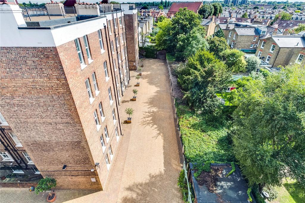 Elm Bank Mansions, The Terrace, Barnes, London, SW13 3 bed ...