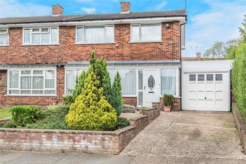 3 bedroom semi-detached house for sale - Chiltern Drive, Mill End, Rickmansworth, Hertfordshire, WD3