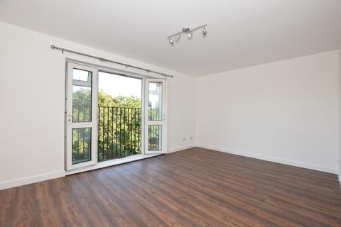 2 bedroom flat to rent - Albany Road Camberwell SE5