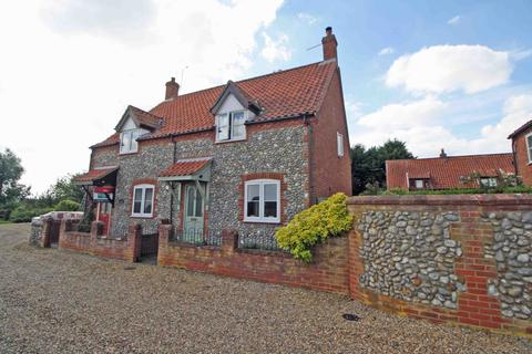 3 bedroom character property for sale - Thornage NR25