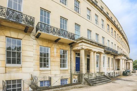 1 bedroom flat for sale - Lansdown Crescent, Lansdown, Cheltenham, GL50 2LF