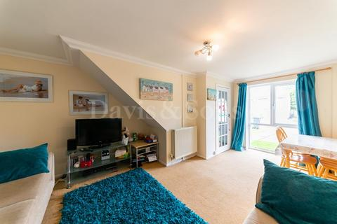 2 bedroom terraced house for sale - Silverstone Close, Old St Mellons, Cardiff. CF3 5PW