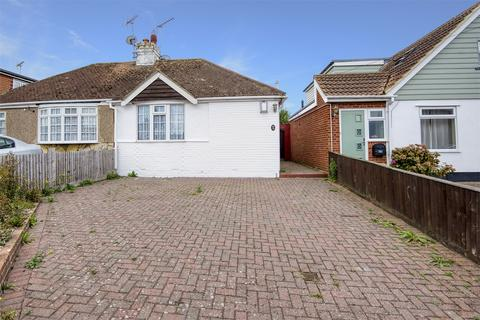 2 bedroom detached bungalow for sale - Greenhill Road, Greenhill, Herne Bay, Kent