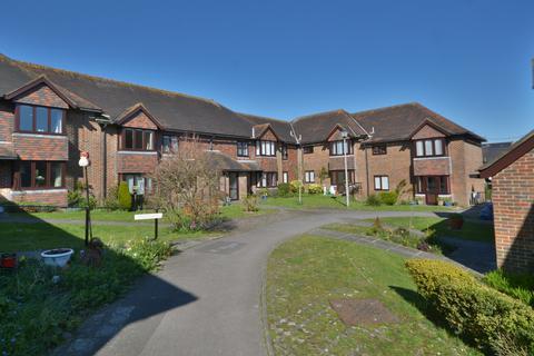 1 bedroom flat for sale - Storrington