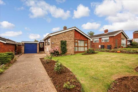 2 bedroom bungalow for sale - Pynder Close, Washingborough, Washingborough, Lincoln